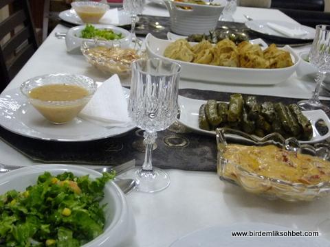 aksam-yemek-masasi