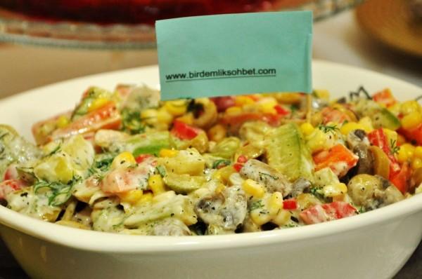 karışık sebze salatası